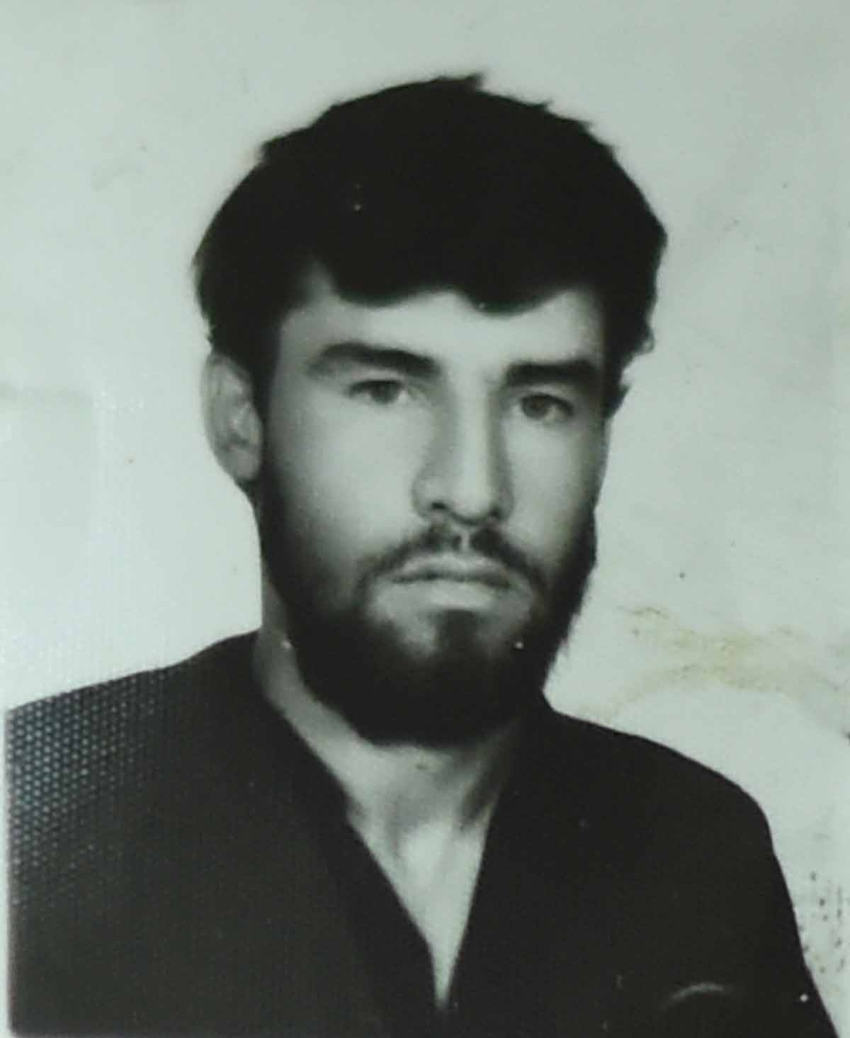 AFP correspondent Shah Marai during the time of Taliban rule, when beards were mandatory for men. (Photo courtesy of
