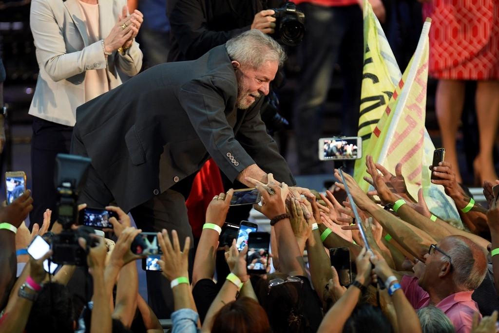 El expresidente brasileño Lula da Silva lanza su pre-candidatura presidencial en Expominas, Belo Horizonte, Brasil, el 21 de febrero de 2018