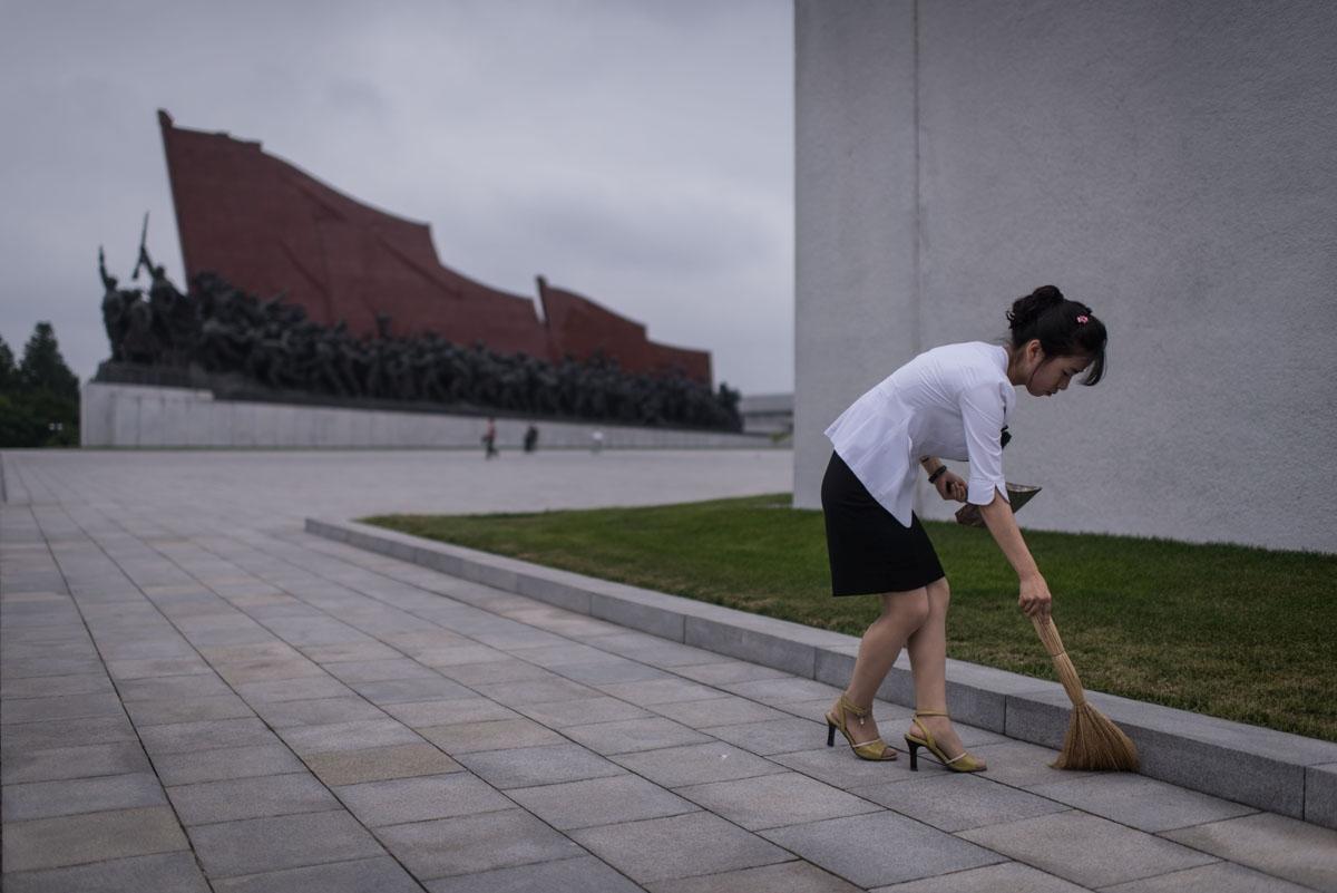 Opening a bureau in pyongyang correspondent