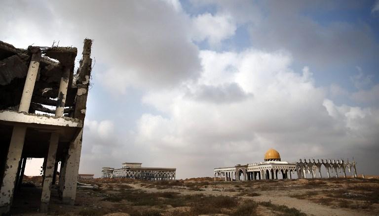 TOPSHOTS-PALESTINIAN-ISRAEL-CONFLICT-GAZA-AIRPORT