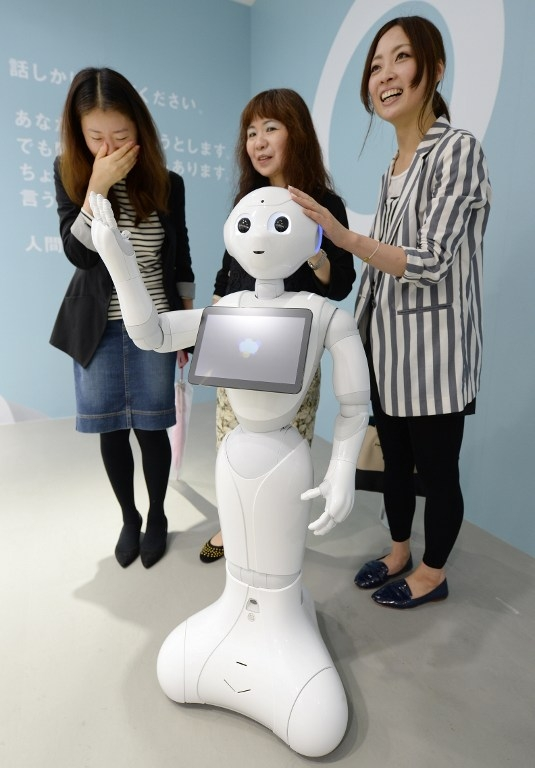 JAPAN-TECHNOLOGY-ROBOT-SOFTBANK