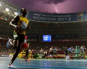 Le Jamaïcain Usain Bolt remporte le 100 m aux Mondiaux d'athlétisme de Moscou, le 11 août 2013
