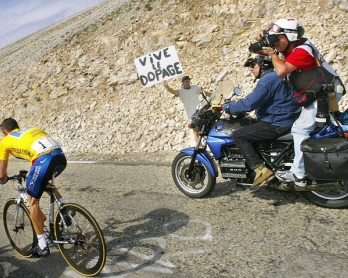 CYCLING-USA-ARMSTRONG-FRA-TOUR-DOPING